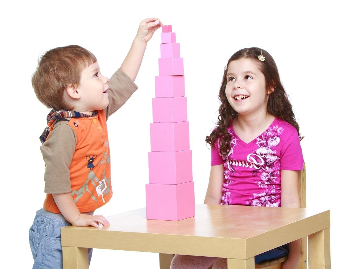 tour rose jouet montessori